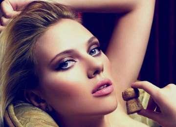 scarlett-johansson-hot-make-up-look-hd-wallpaper-2013-360x260